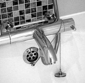 melangeur-baignoire-plombier-nantes-belenos